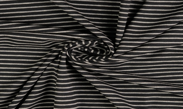 Jersey ~ Streifen auf Schwarz